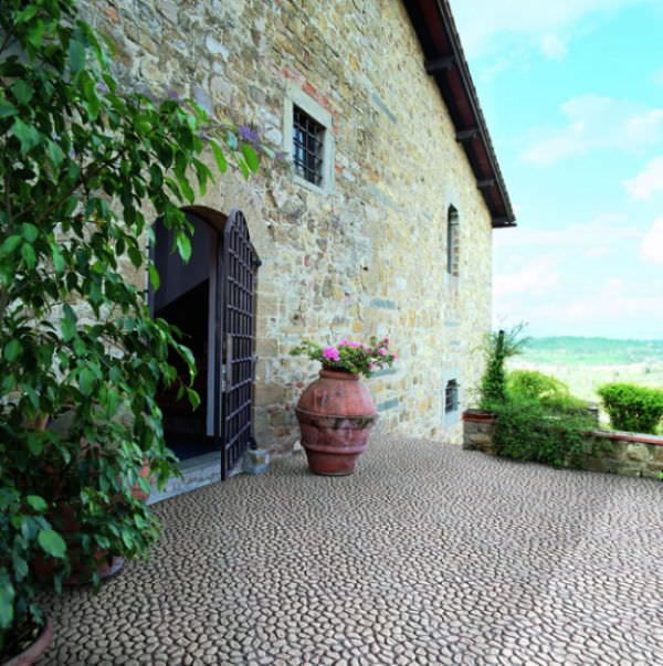 carrelage d 39 ext rieur pour sol en pierre galet oping ciottolo bianco maspe pavings. Black Bedroom Furniture Sets. Home Design Ideas