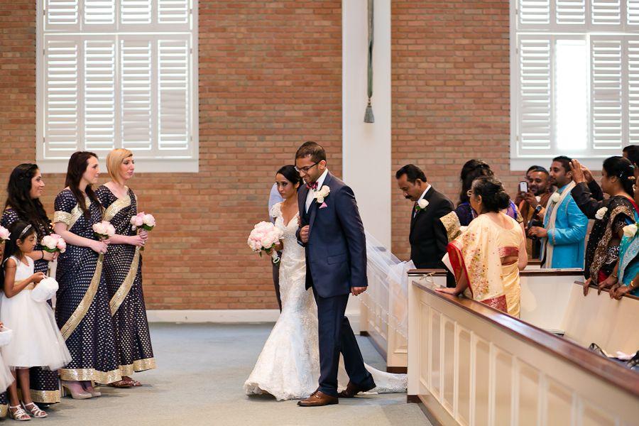 Dallas Wedding Photographer Sam Jessica S Wedding Ceremony At Wilshire Baptist Church Indian Wedding Photography Dallas Wedding Indian Wedding Ceremony