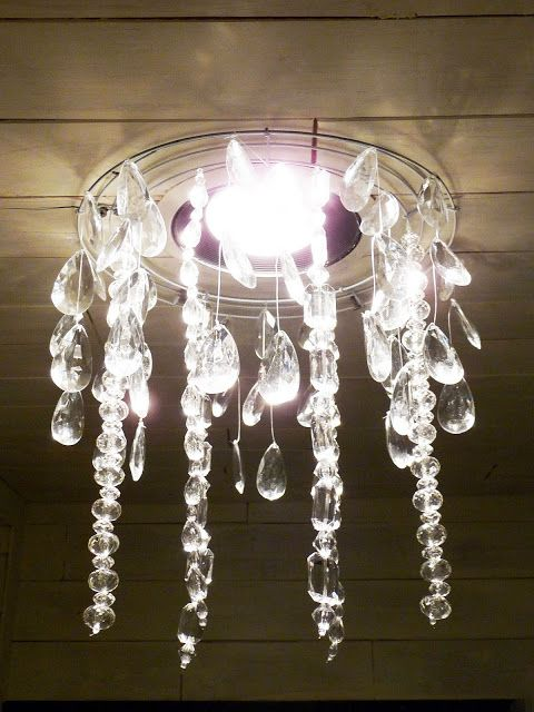the happy homebodies tutorial diy faux crystal chandelier lampes luminaires pinterest. Black Bedroom Furniture Sets. Home Design Ideas