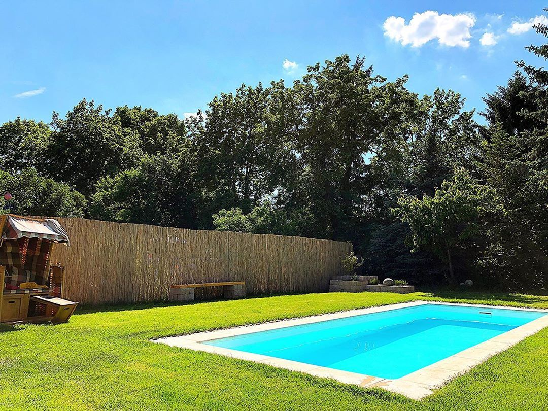 Endlich Sommer Summertime Garten Berlin Pool Lifeisbetteratthepool Sunshine Mahlsdorf Gartendesign Outdoor Outdoor Decor Pool