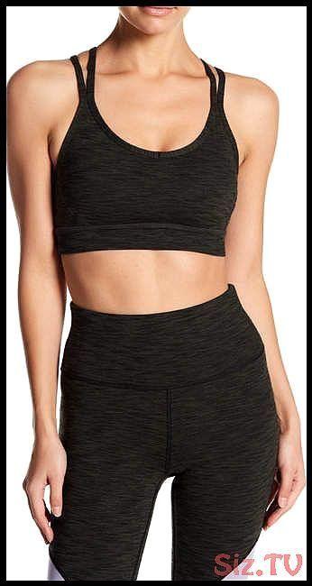 Manduka Crossback Strappy Sport Bra yoga lifestyle outfit yogi fashion trendy buynow activewear womensfashion Manduka Crossback Strappy Sport Bra yoga lifestyle outfit yo...