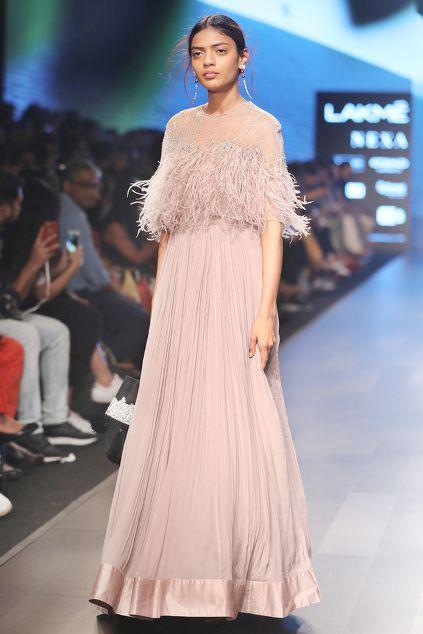The Shopaholic Diaries - Indian Fashion, Shopping and Aza fashions online shopping