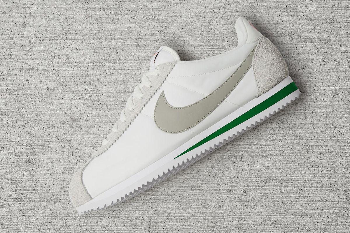 Nike Ivory Nike Classic Cortez Nylon Zapatillas Nike Mujer