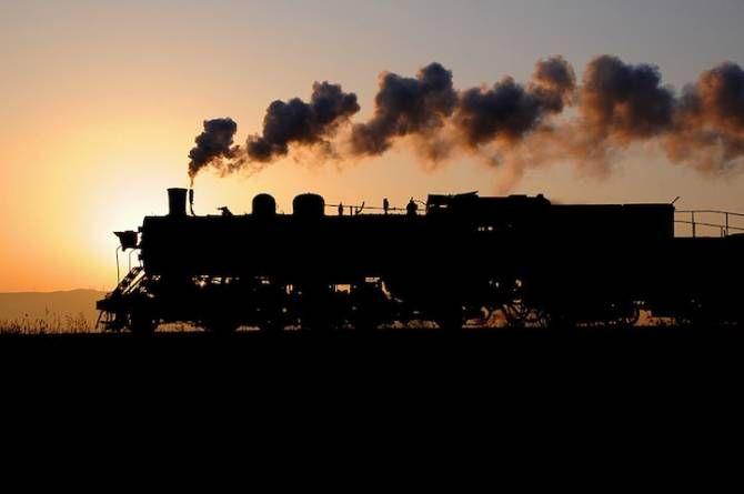 Итальянский поезд-призрак в петле времени в 2020 г | Поезд ...