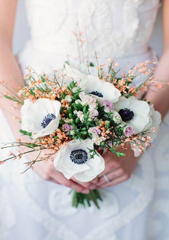 Brautstrau Hochzeit Anemone  Hochzeit  Brautstrau  Hochzeit floristik Brautstrue und