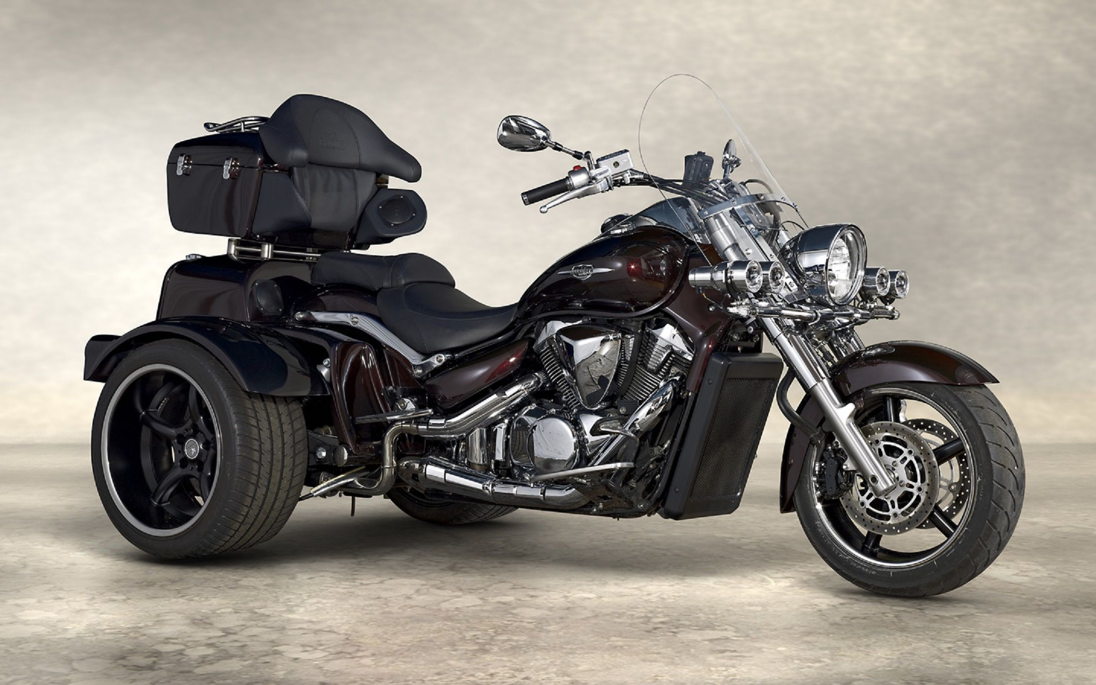 Suzuki intruder vz800 trike conversion cars bikes pinterest triumph rocket cars and dream cars
