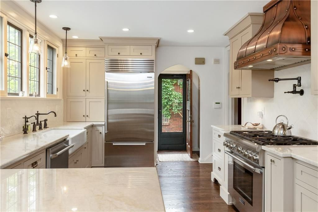 44 E 52nd St, Indianapolis, IN 46205 | realtor.com ...