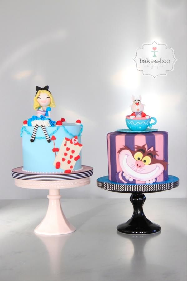 Alice In Wonderland Cakes With Images Alice In Wonderland