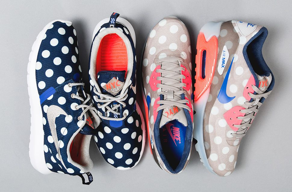 Anciano triángulo Comerciante  Nike 'City Pack' New York: Roshe Run NM & Air Max 90 ICE (Releasing) - EU  Kicks: Sneaker Magazine | Nike free shoes, Workout clothes nike, Fabulous  shoes