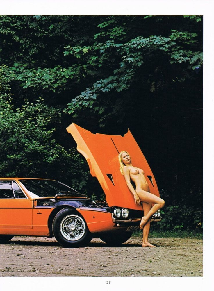 Naked girls and lamborghinis — pic 10