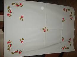 Resultado de imagen de manteles pintados a mano moldes mantelerias