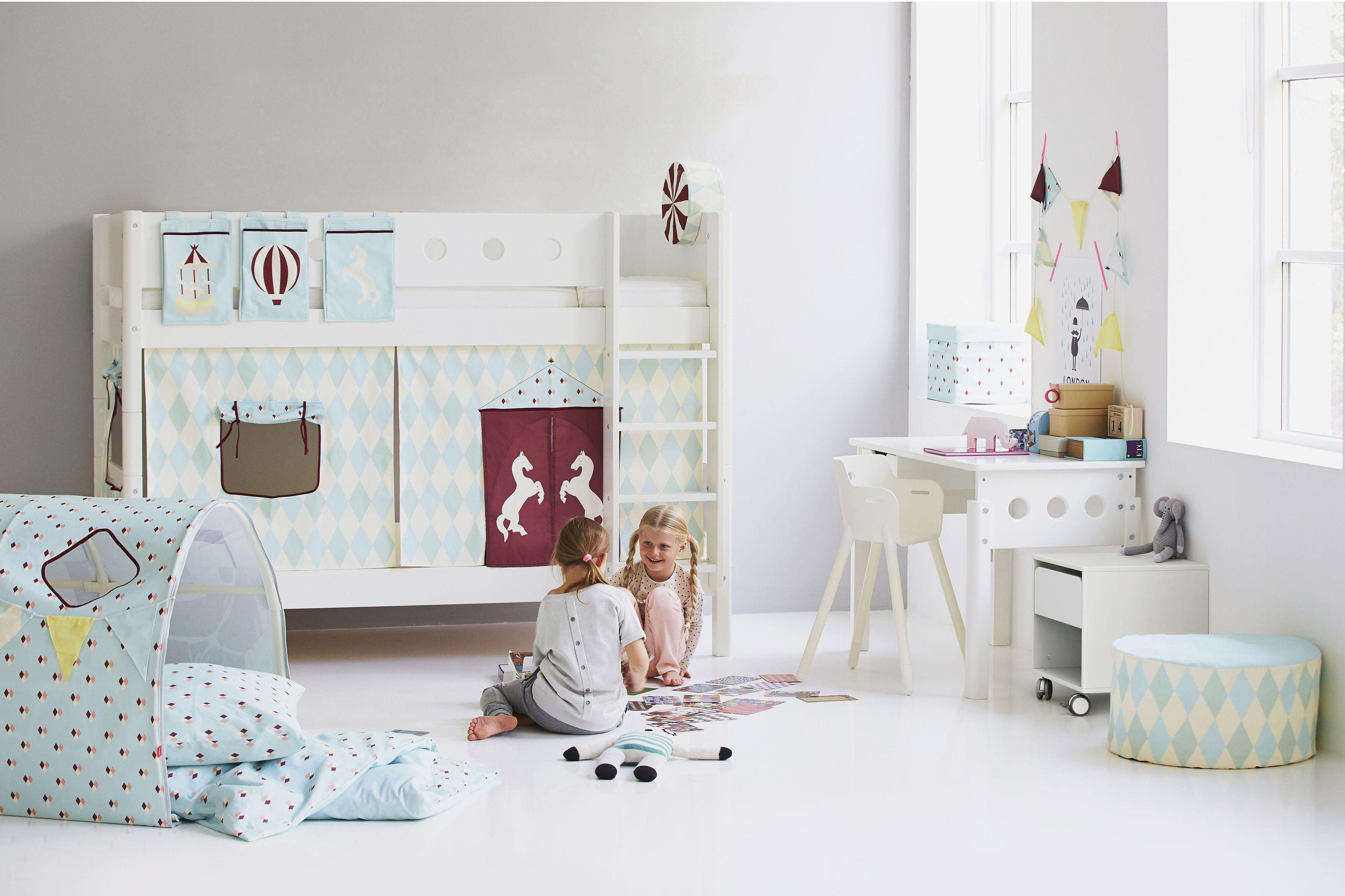 White Etagenbett Bequem Online Bestellen Betten Fur Kinder Kinderzimmereinrichtung Kinder Zimmer