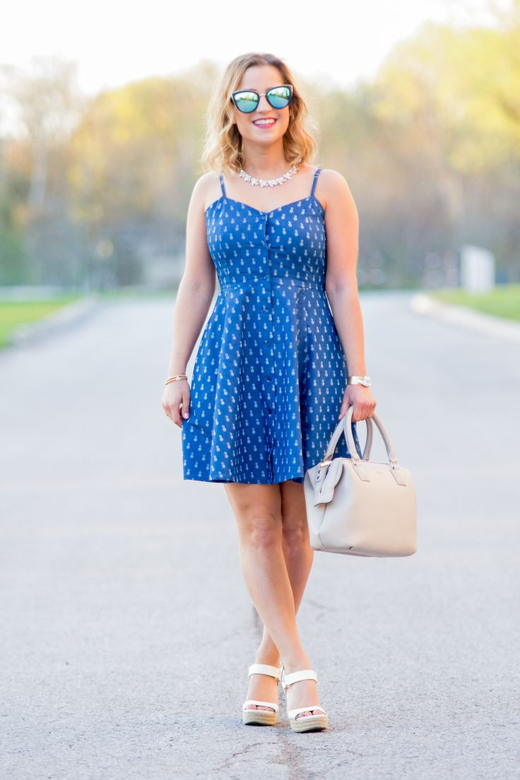 e2687651b2f Casual chambray dress with pineapple print