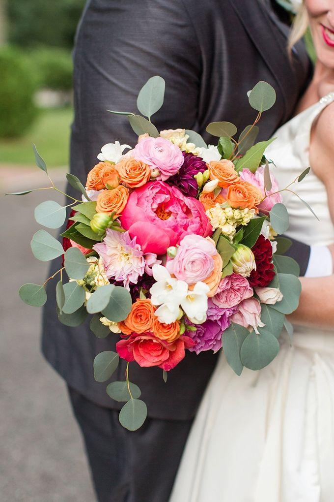 Bunte wunderliche Hochzeit - Blumen Blog #purpleweddingflowers