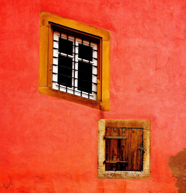 window and door colors