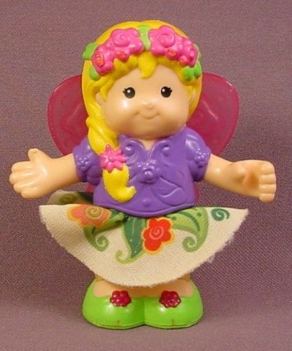 Fisher Price Little People 2009 Fairy With Cloth Skirt & Pink Wings, R9936 Fairy Treehouse