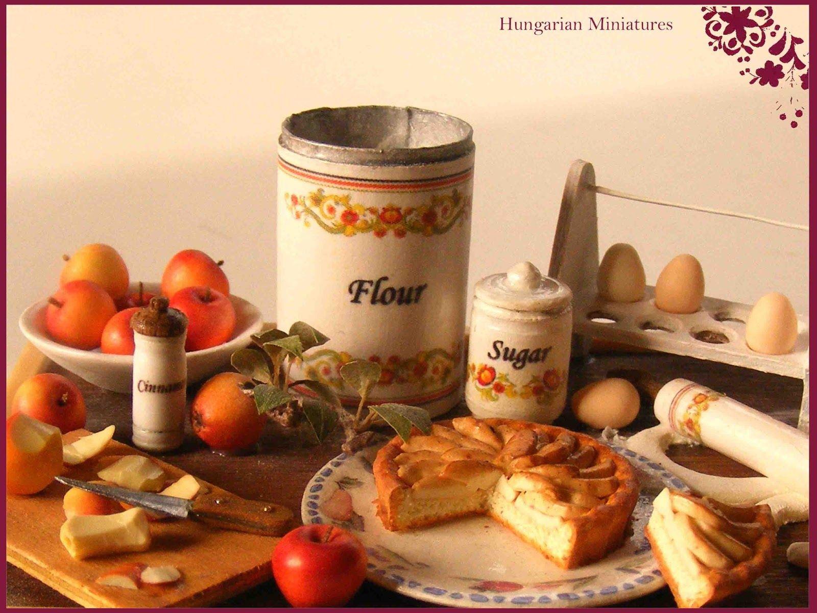 Hungarian Miniatures - Apple Prep Board