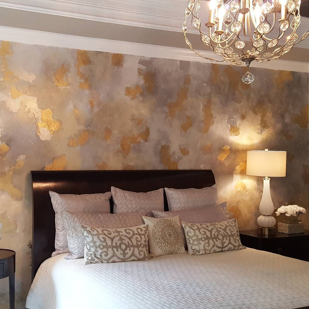 Accent Wall In A Metallic Paint Layer Finish: Beautiful Leaf And Metallic Wall Finish By Leslie