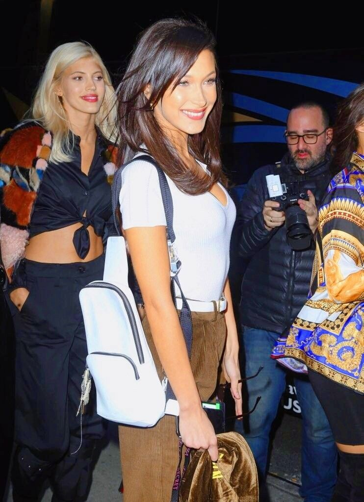 Pin by Anne G. on Bella Hadid   Bella hadid, Rich outfits