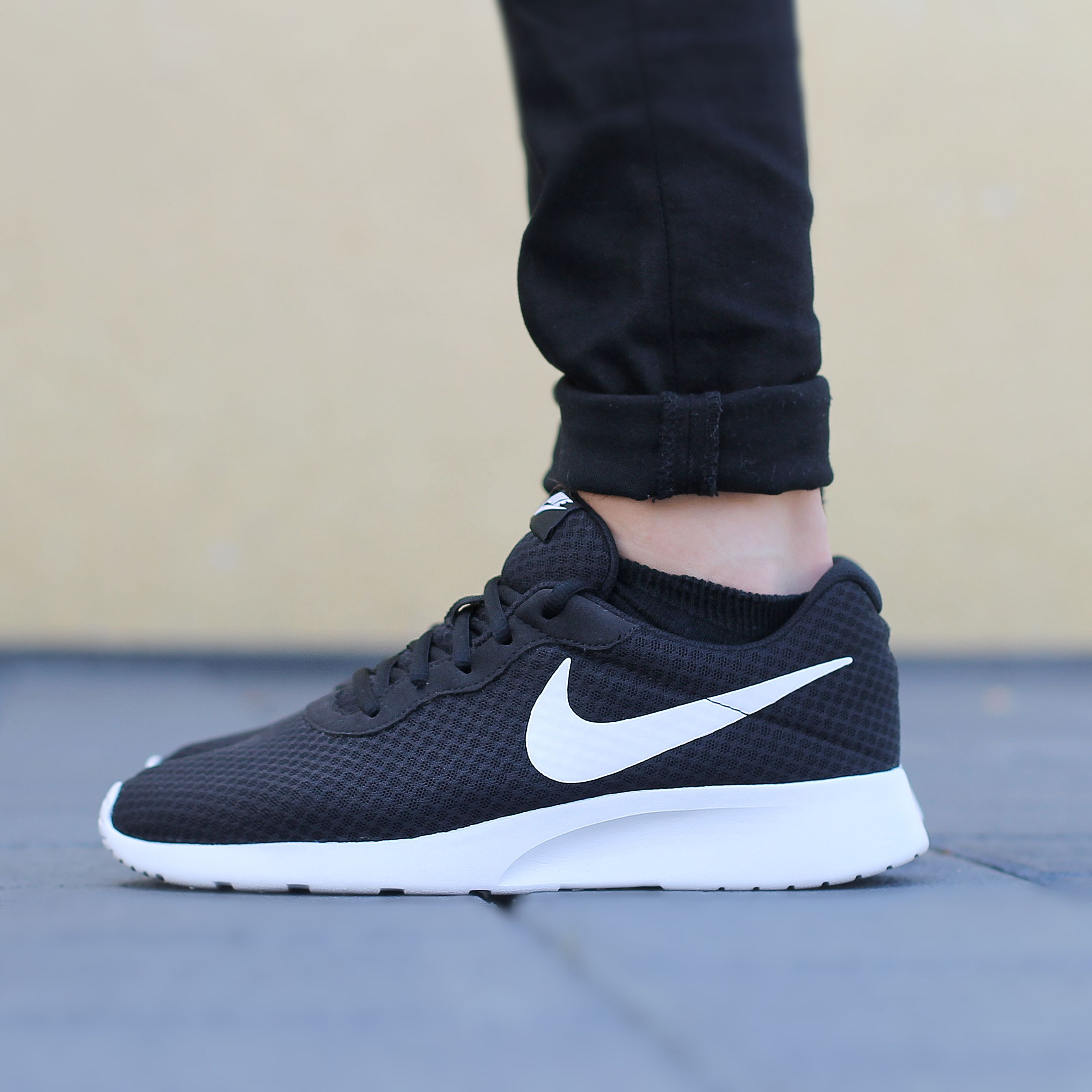nike air tanjun