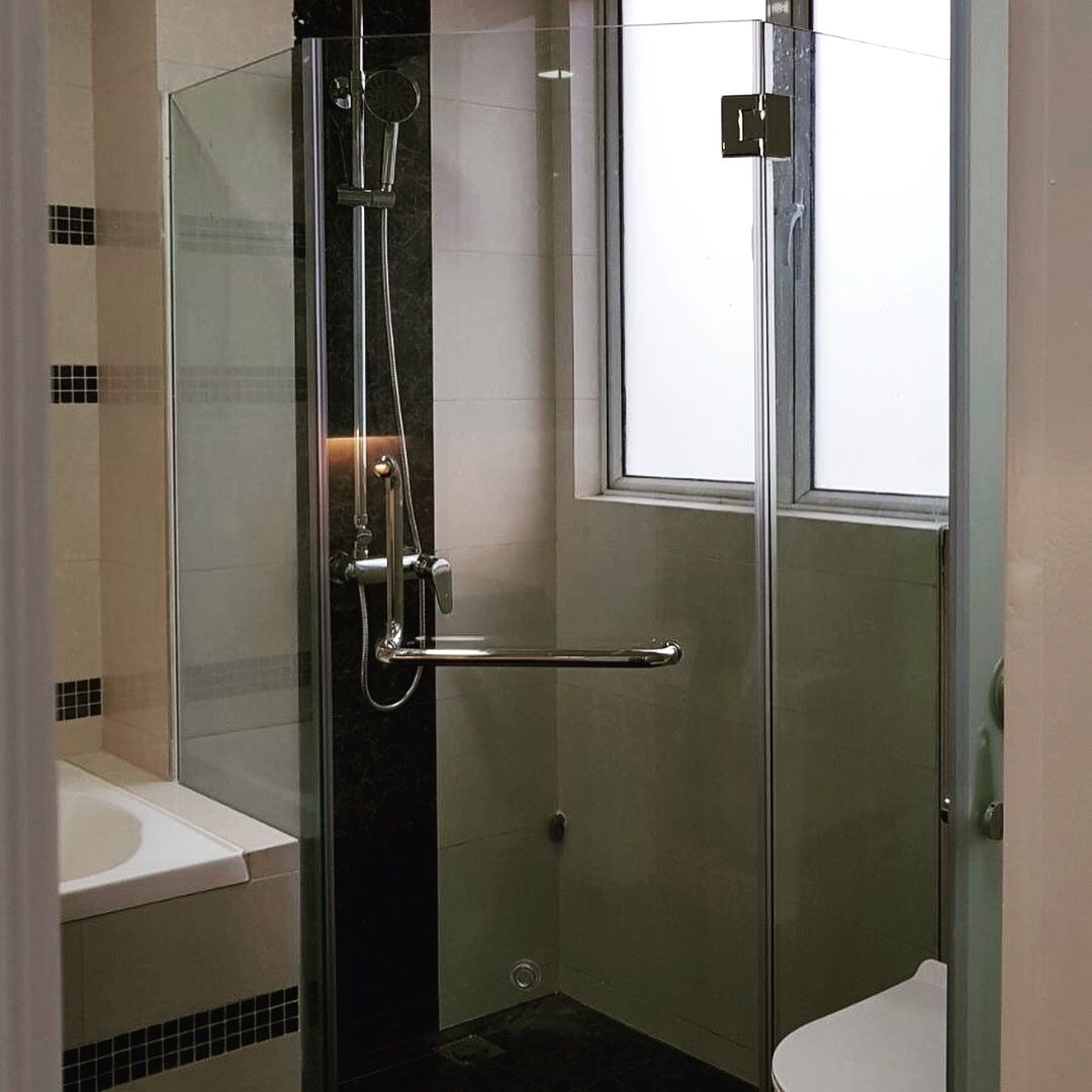 Orazio Shower Screen Is A Modern Solution That Can Be Made To