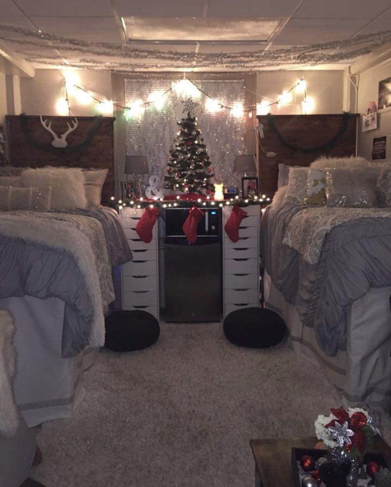 Christmas Decor For Dorm Room Christmas Dorm College Dorm Room Decor Holiday Room