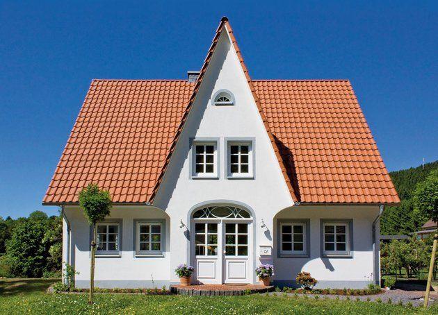 Mit verputzter fassade landhaus friesenhaus 155 von eco for Friesenhaus modern einrichten