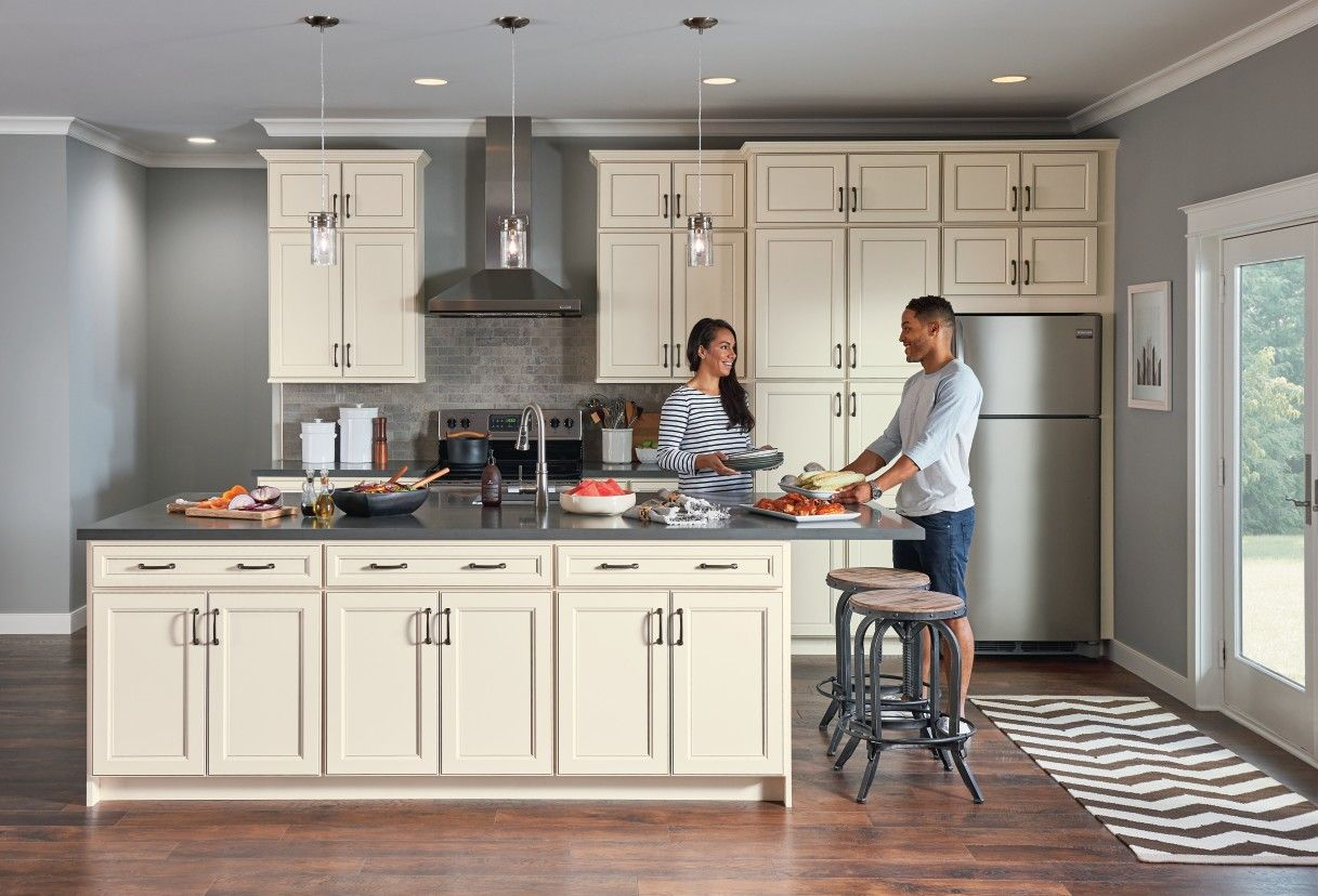 Kitchen Cabinetry Ideas And Inspiration At Value Prices Be Inspired By These Kitchen Cabinet Designs As You Plan For Y In 2020 Home Remodeling Diy Home Improvement Loans Home Remodeling