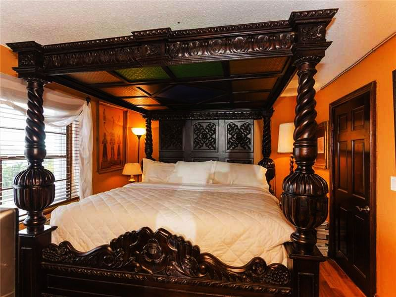 FOUR POSTER BED KING 4 POST CANOPY BED FRAME CARVED VINTAGE ANTIQUE ORNATE CAL #Unbranded & FOUR POSTER BED KING 4 POST CANOPY BED FRAME CARVED VINTAGE ...