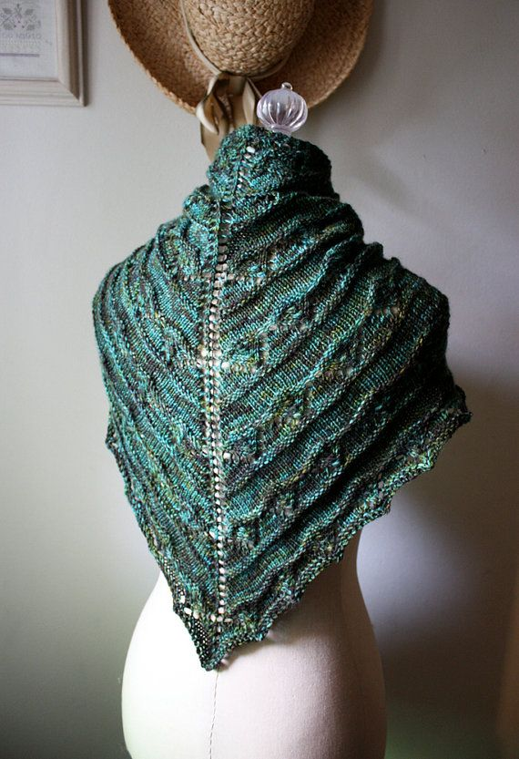 Knitting Pattern / Joyeux Lace Shawlette / DIY Shawl Tutorial