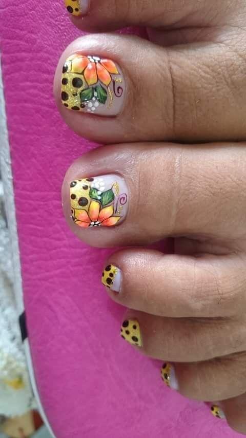 Pin de yojana en Diseño de uñas   Uñas pies decoracion ...