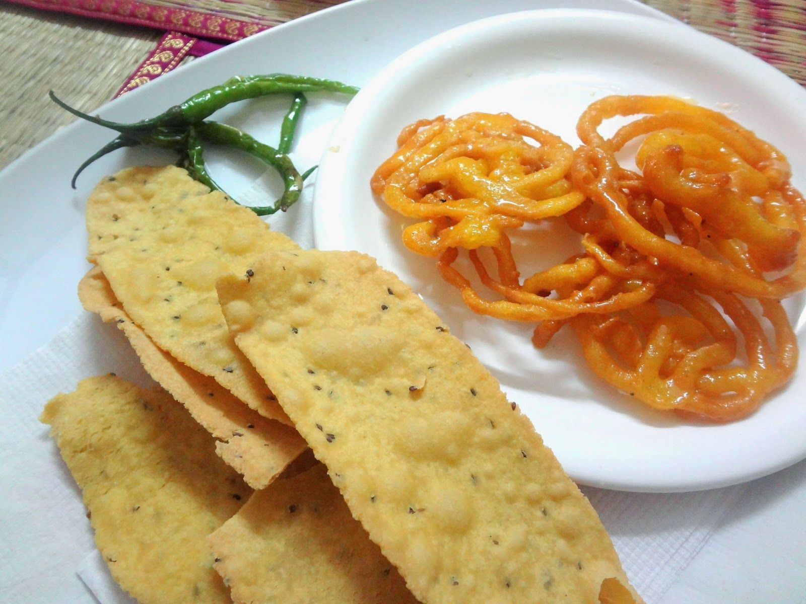 Fafda gujarati cuisine cuisine snacks and fabulous foods fafda gujarati cuisine forumfinder Choice Image