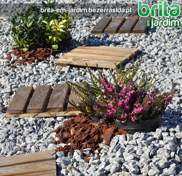 Favoritos jardim com pedras britas - Pesquisa Google | de♥ | Pinterest HP83