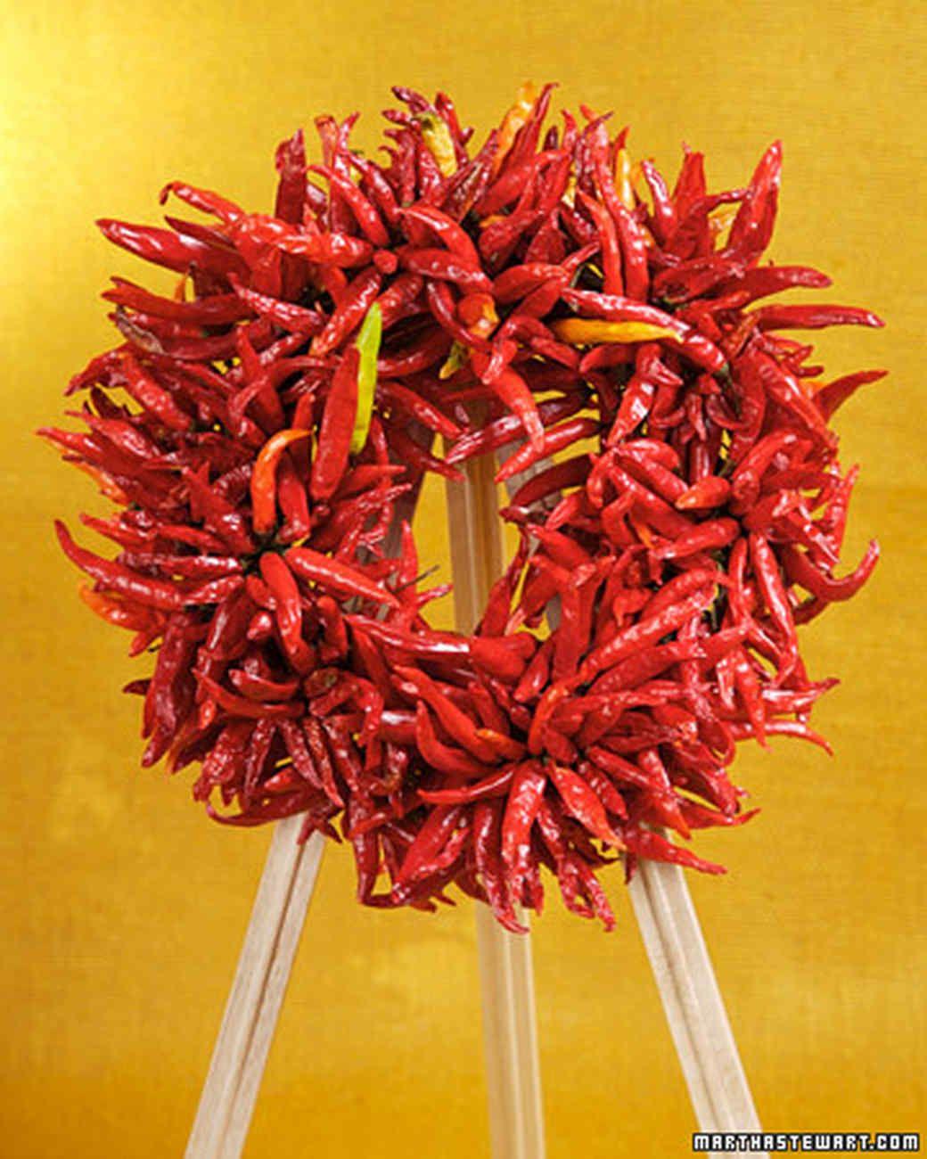 Chile-Pepper Wreath  sc 1 st  Pinterest & Chile-Pepper Wreath   Martha stewart Wreaths and Pepper pezcame.com