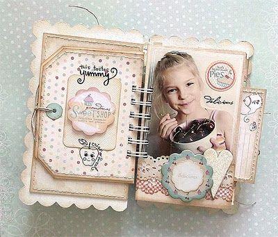 Karola's Mini Album - too cute!