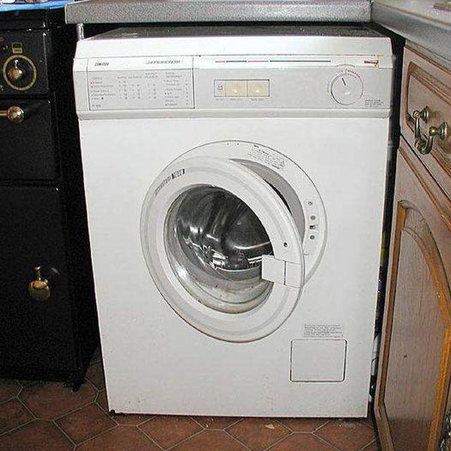 Clean A Clogged Washer Drain Hose Home Clean Washing Machine