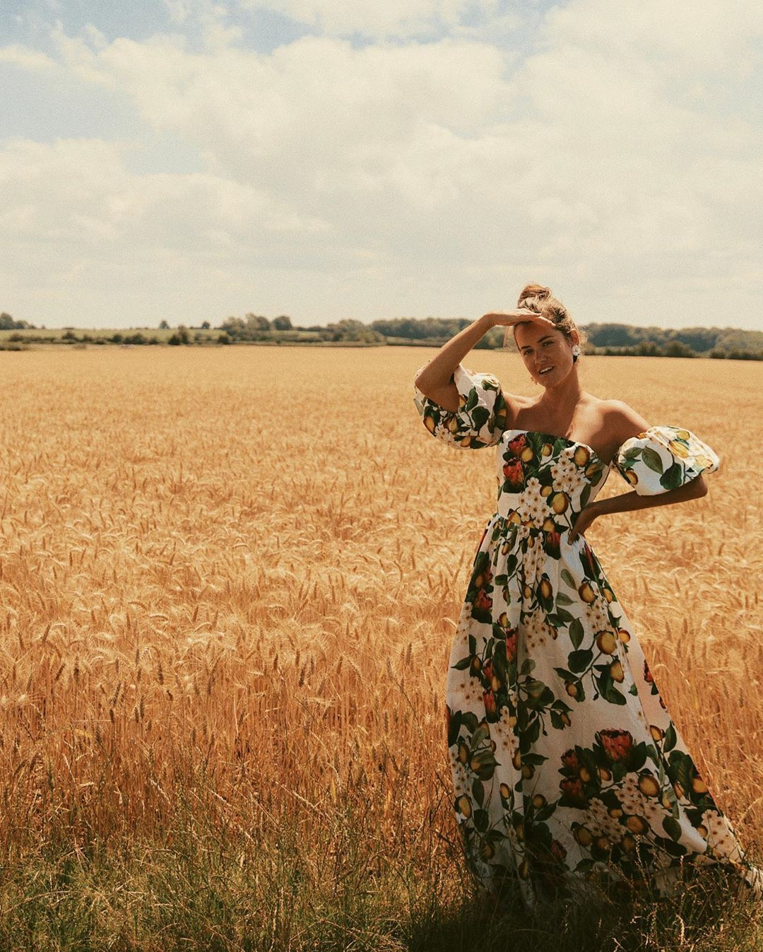 Rosie The Londoner On Instagram Out Standing In My Field Ad Shop The Bran D New Styles From Harveynichols Just In Ti Wedding Guest Style Style Heatwave [ 1347 x 1080 Pixel ]