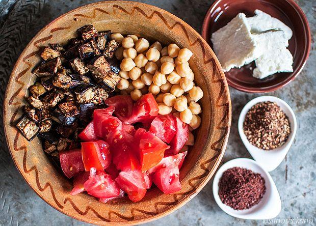 Chickpea Za'atar Salad-11