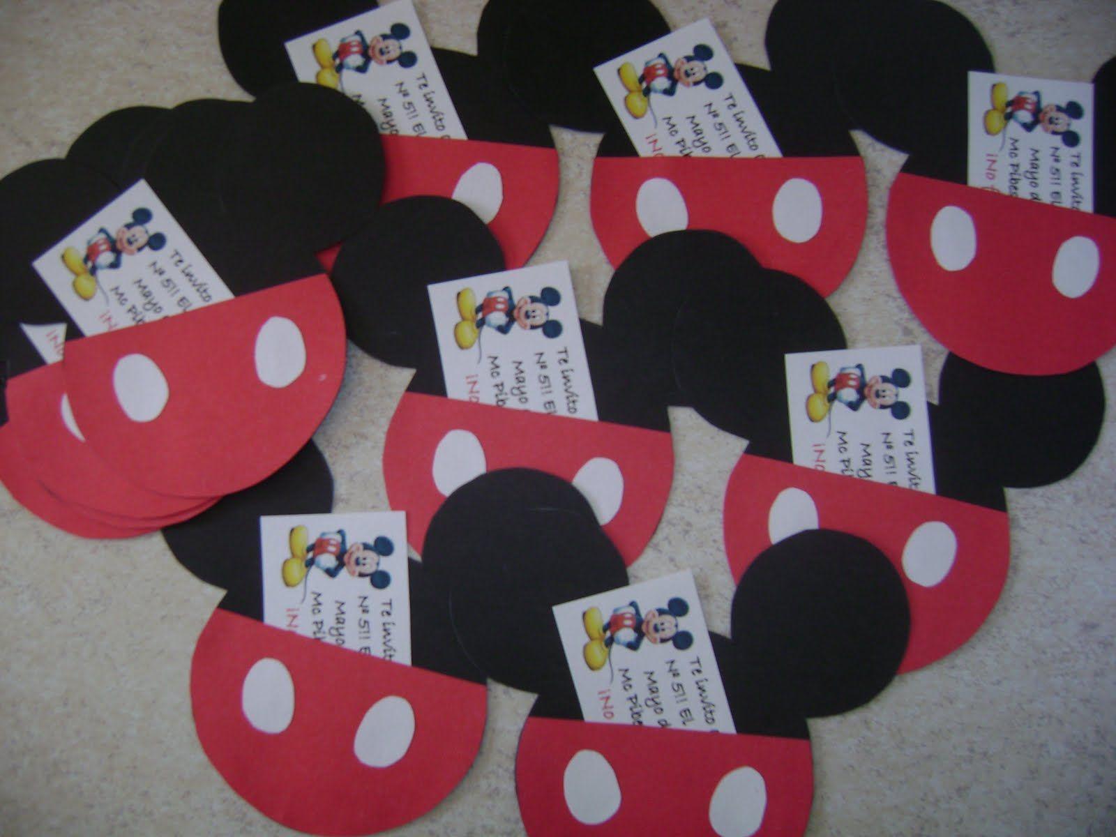 Mickey Mouse Mickey Mouse Y Minnie Enamorados Para Colorear Im