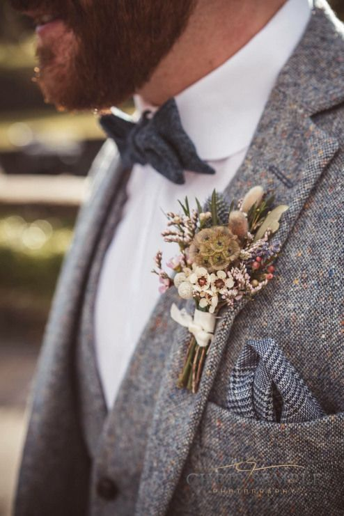 15 Fabulous Winter Buttonholes | weddingsonline