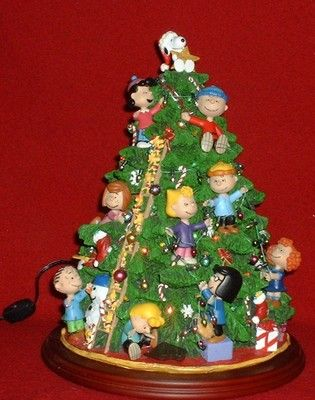 Danbury Mint Christmas Tree Peanuts Christmas Tree, Christmas Eve, Danbury  Mint, Snoopy Love - Danbury Mint Christmas Tree Snoopy Wish List Snoopy, Peanuts