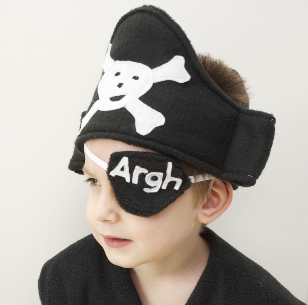Sew Can Do: Ahoy!! Thar Be A Pint Sized Pirate! | neat O