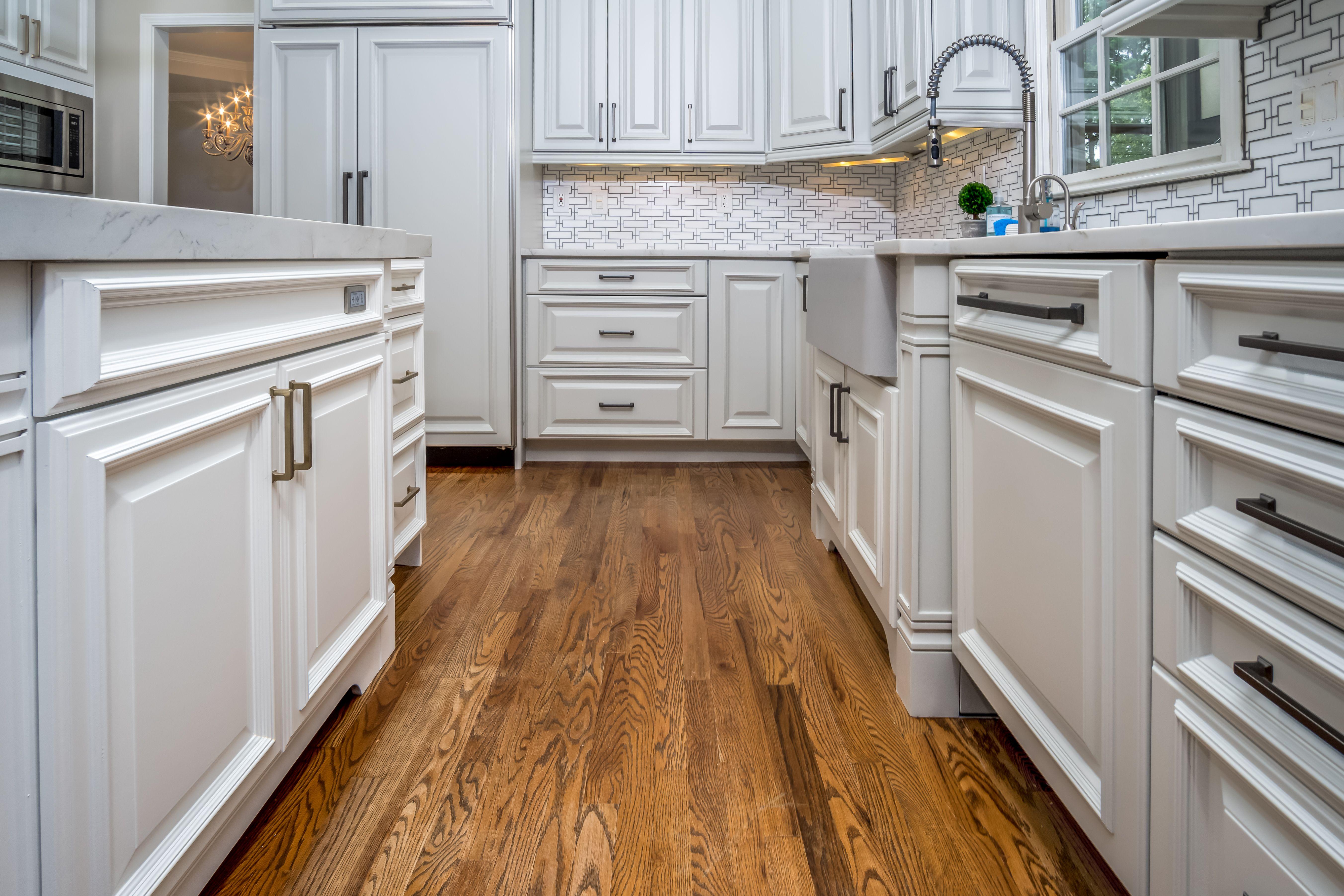 White Kitchen Cabinet Refinishing In Marietta Ga In 2020 Refinish Kitchen Cabinets White Kitchen Cabinets Refinishing Cabinets
