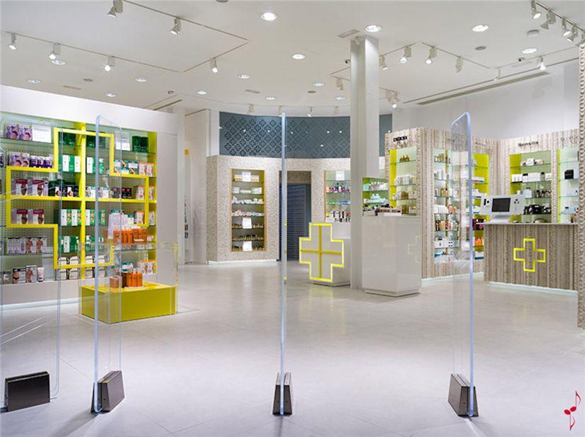 Farmacia Santacruz Medical Store Design Ideas For Pharmacy 020