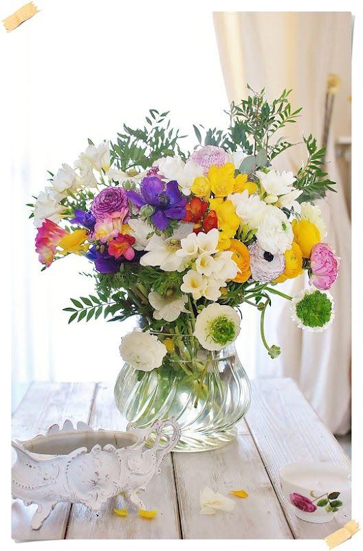 Fresh flowers splash of color home garden - Plants with blue flowers a splash of colors in the garden ...