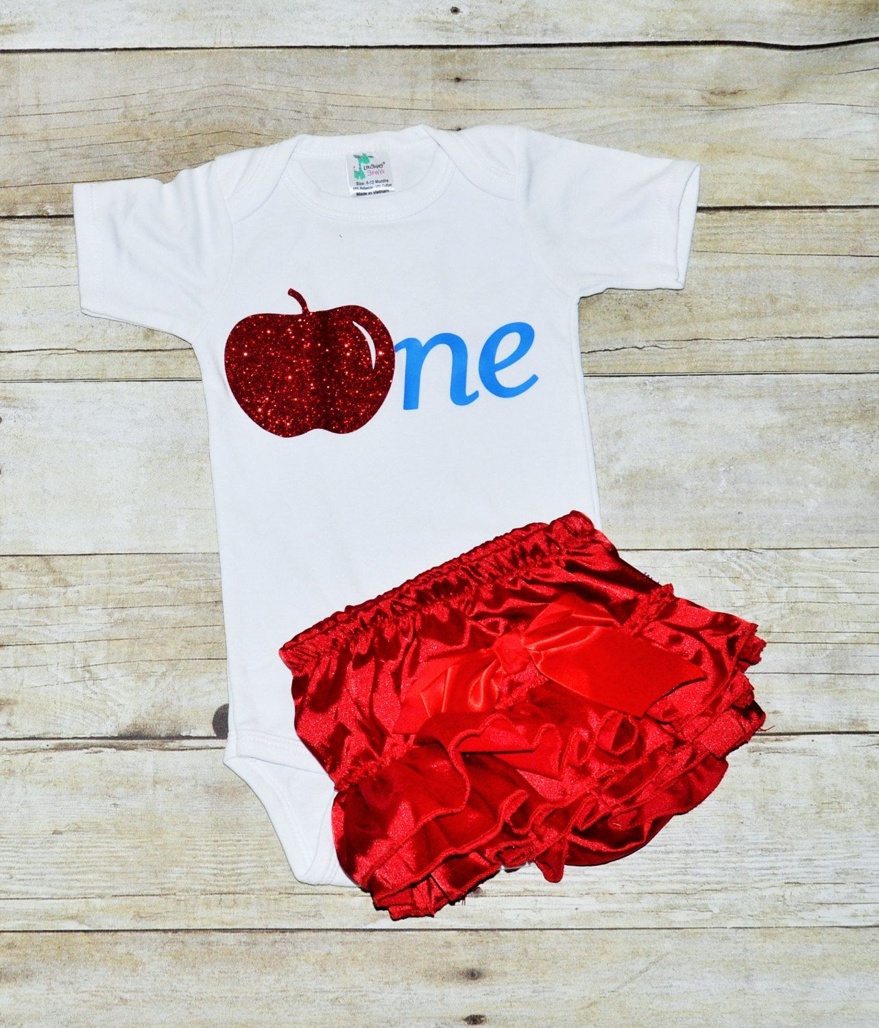 Snow white apron etsy - Snow White Inspired Cake Smash Red Ruffled Diaper Cover Girl First Birthday Outfit
