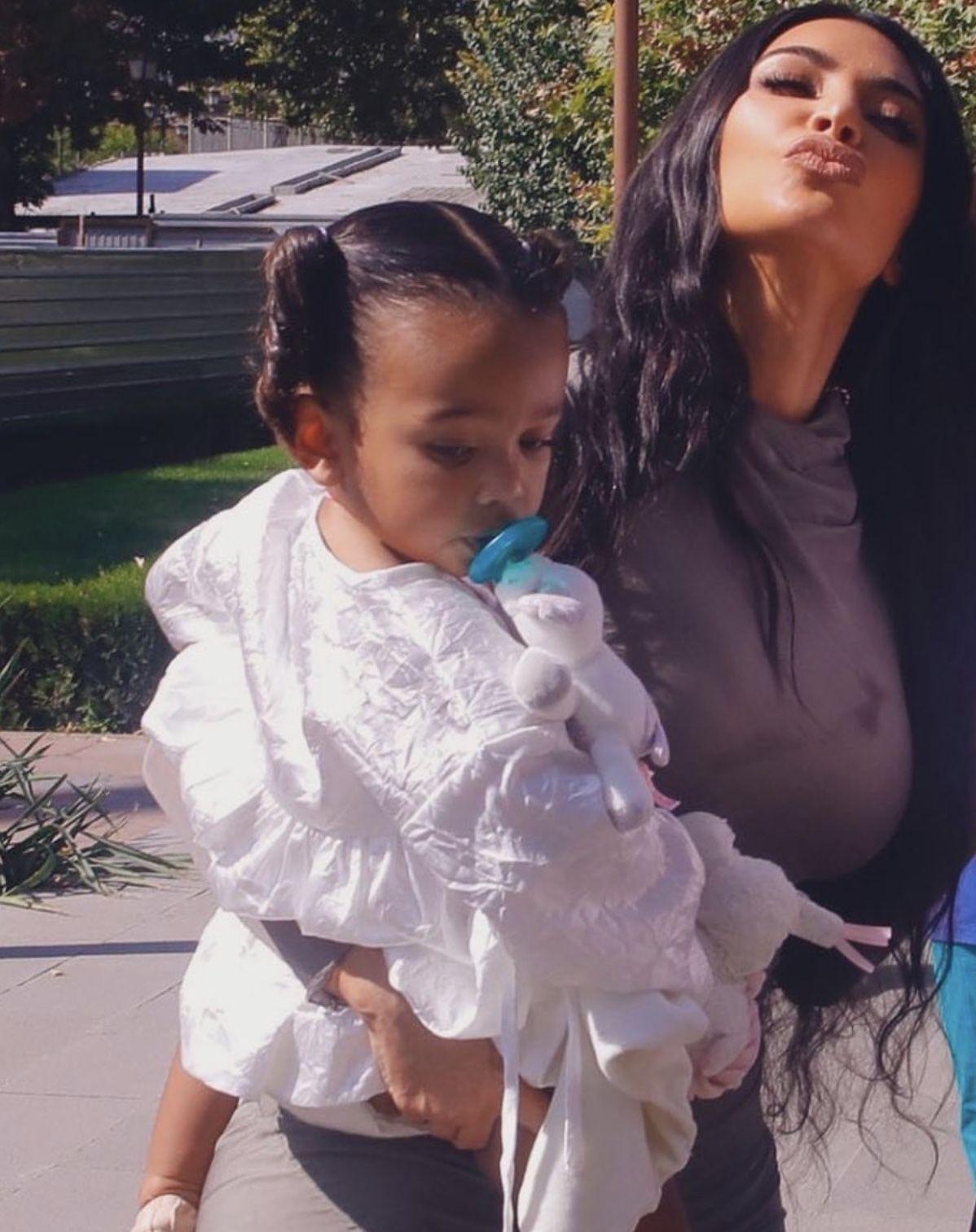 Chicago In 2020 Kardashian Kids Kanye West Kids Fashion