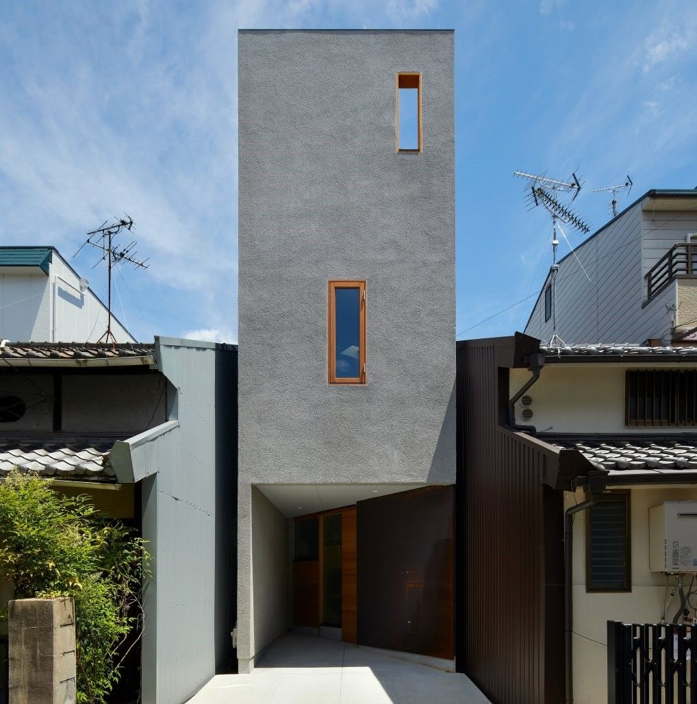 House In Tezukayama Fujiwaramuro Architects In 2020 Architect Narrow House Architect House