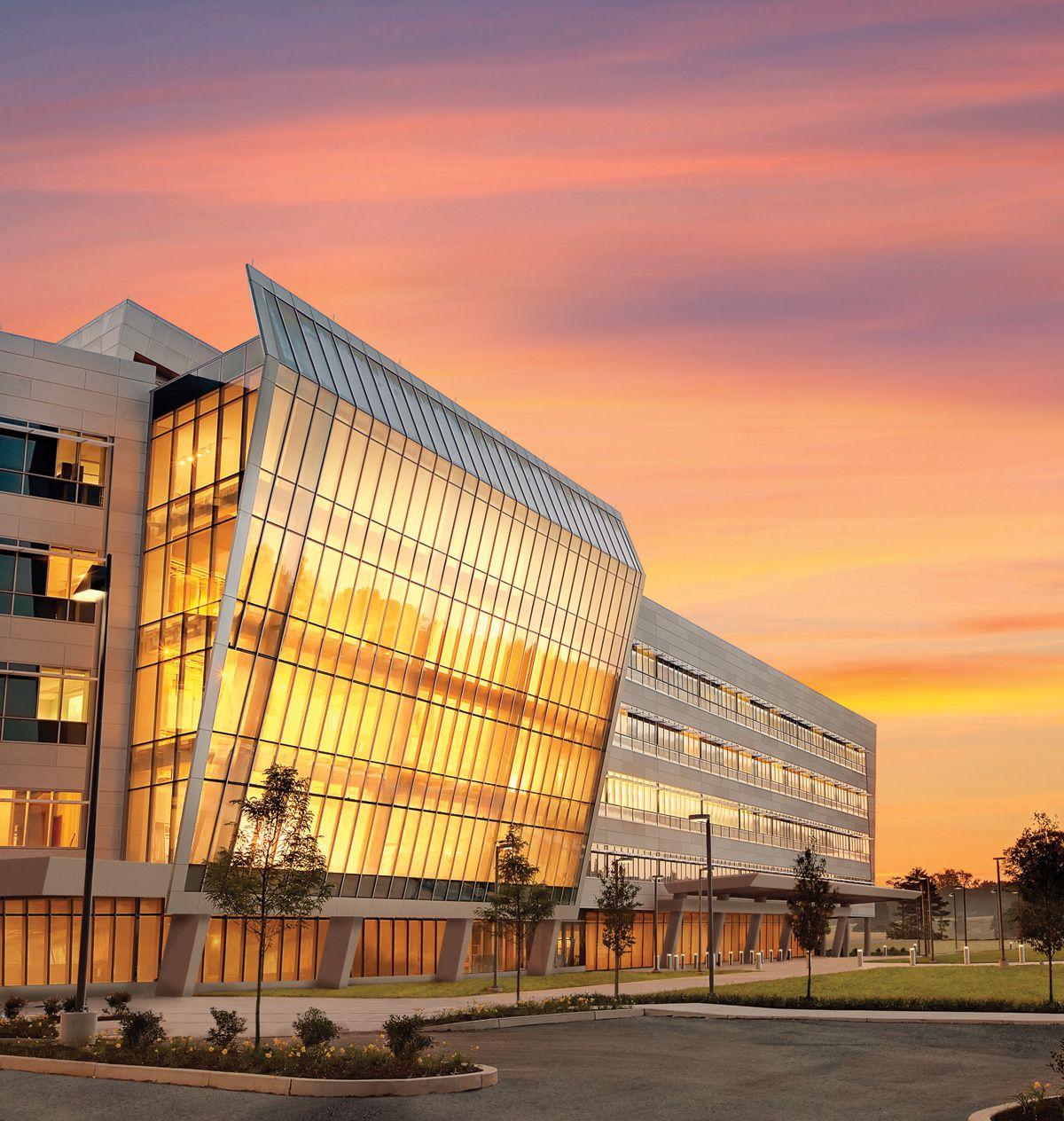 Einstein Medical Center Montgomery, USA / Perkins + Will