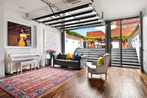 20 Cool Living Spaces Inside Of Garages In 2020 Home Garage